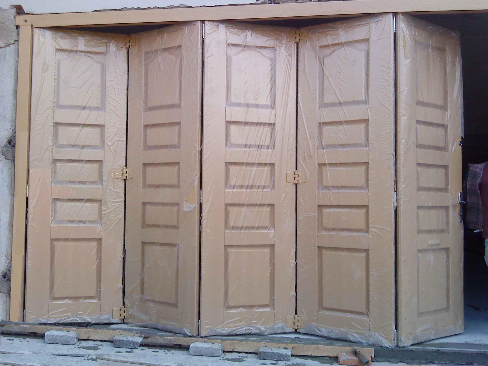 Pintu Garasi, HOTLINE 081-233-8888-61